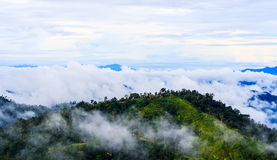 Opinión de la cumbre de la montaña de Krajom. Foto de archivo libre de regalías