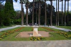 Opinión de la entrada del jardín nacional de Atenas Imagenes de archivo