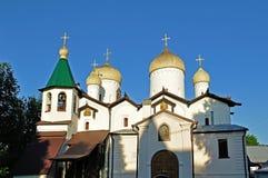 Opinión de la fachada de la iglesia de St Philip el apóstol y San Nicolás en Veliky Novgorod, Rusia, Foto de archivo