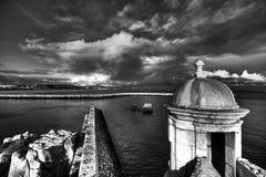 Opinión de la fortaleza de Lagos Ponta DA Bandeira Imágenes de archivo libres de regalías