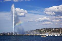 Opinión de la fuente del lago geneva Imágenes de archivo libres de regalías