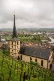 Opinión de la iglesia de Klingenberg Imagenes de archivo