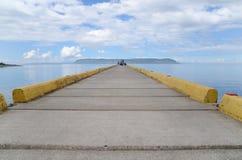 Opinión de la isla de un muelle Imagen de archivo