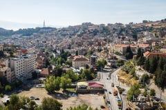 Opinión de la mañana del paisaje urbano de Zahle, Líbano Foto de archivo libre de regalías