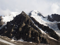 Opinión de la mañana del peack de la montaña Imagen de archivo
