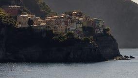 Opinión de la mañana de Manarola DA Corniglia, Cinque Terre, Liguria, Italia fotografía de archivo libre de regalías