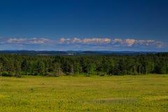 Opinión de la montaña y del valle en el condado de Saratoga NY Imagenes de archivo