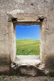 Opinión de la naturaleza detrás de la ventana Fotos de archivo libres de regalías