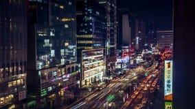 Opinión de la noche de Corea que sorprende Seul con el edificio y el tráfico almacen de metraje de vídeo