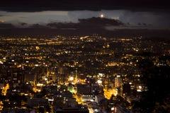 Opinión de la noche de Bogotá fotografía de archivo libre de regalías