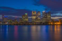 Opinión de la noche de Canary Wharf, Londres, Reino Unido Fotos de archivo libres de regalías
