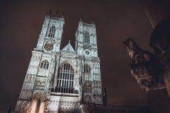 Opinión de la noche de la catedral de Westminster Foto de archivo libre de regalías