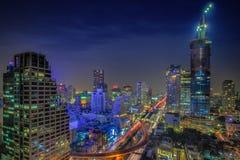 Opinión de la noche de la ciudad de Bangkok Imágenes de archivo libres de regalías