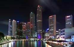 Opinión de la noche de Singapur Fotografía de archivo libre de regalías
