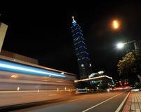 Opinión de la noche de Taipei 101 Fotografía de archivo libre de regalías