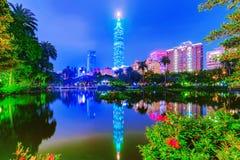 Opinión de la noche de Taipei 101 Imagen de archivo