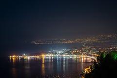 Opinión de la noche de Taormina Foto de archivo libre de regalías