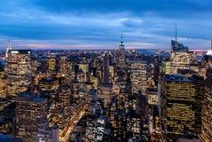 Opinión de la noche del centro de Rockefeller Imágenes de archivo libres de regalías