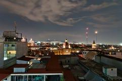 Opinión de la noche del horizonte en Ciudad de México Fotografía de archivo libre de regalías