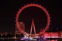 Opinión de la noche del ojo de Londres Foto de archivo libre de regalías