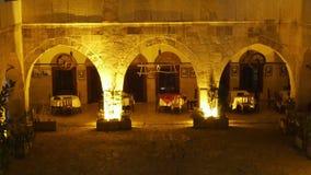 Opinión de la noche del pueblo de Anatolia del otomano tradicional, Safranbolu, Turquía metrajes