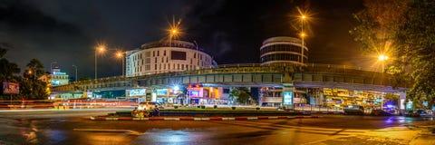 Opinión de la noche del puente de arriba del empalme de Hladan fotografía de archivo