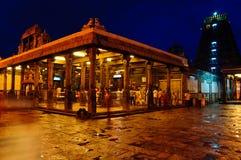 Opinión de la noche del templo hindú Fotografía de archivo libre de regalías