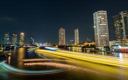 Opinión de la noche el día pasado de celebración del año en Bangkok Fotografía de archivo