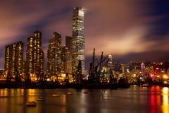 Opinión de la noche de Hong-Kong imagenes de archivo
