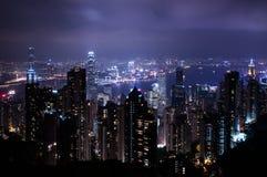 Opinión de la noche Hong Kong debajo de la montaña de Taiping imagen de archivo libre de regalías