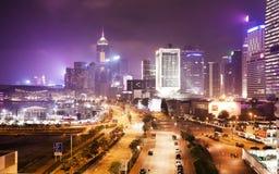 Opinión de la noche Lung Wo Road, Hong Kong central Foto de archivo libre de regalías