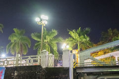 Opinión de la noche Truong Tien Bridge en tonalidad imagen de archivo