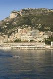 Opinión de la playa de Monte Carlo y horizonte, el principado de Mónaco, Europa occidental en el mar Mediterráneo Imagenes de archivo