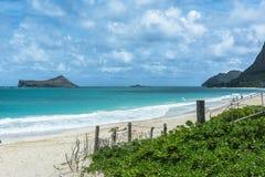 Opinión de la playa, Oahu, Hawaii de la isla del conejo imagenes de archivo