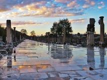 Opinión de la puesta del sol de la ciudad romana antigua en Turquía Imagen de archivo