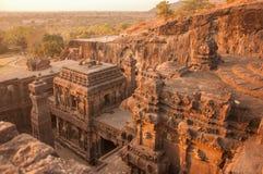 Opinión de la puesta del sol del complejo del templo de Kailasa desde arriba foto de archivo