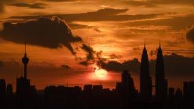 Opinión de la puesta del sol en Kuala Lumpur céntrico Fotos de archivo