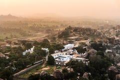 Opinión de la puesta del sol a Hampi, Karnataka, la India Imágenes de archivo libres de regalías