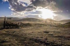 Opinión de la puesta del sol sobre la montaña de Zheduo en China del oeste Fotos de archivo libres de regalías