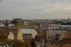 Opinión de la puesta del sol sobre Zagreb fotografía de archivo libre de regalías