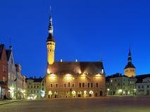 Opinión de la tarde ayuntamiento, Estonia Tallinn Imagen de archivo libre de regalías