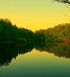 Opinión de la tarde del lago Foto de archivo libre de regalías