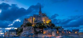 Opinión de la tarde en Mont Saint-Michel Foto de archivo