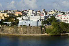 Opinión de la tarde sobre San Juan viejo, Puerto Rico Fotos de archivo libres de regalías