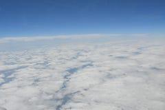 Opinión de la tierra del cielo del aeroplano Fotos de archivo