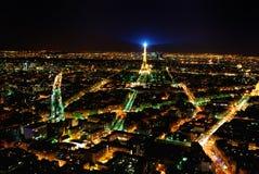Opinión de la torre Eiffel de París del montparnasse Foto de archivo
