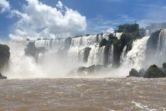 Opinión de las cascadas de Iguazu del lado argentino Fotos de archivo libres de regalías