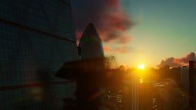 Opinión de Londres contra salida del sol hermosa almacen de video