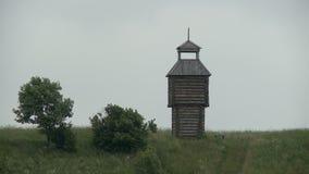 Opinión de madera del paisaje de la torre metrajes