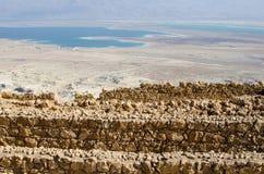 Opinión de mar muerto de Masada Imagen de archivo libre de regalías